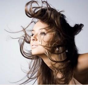 干燥毛枯发型怎样保湿?