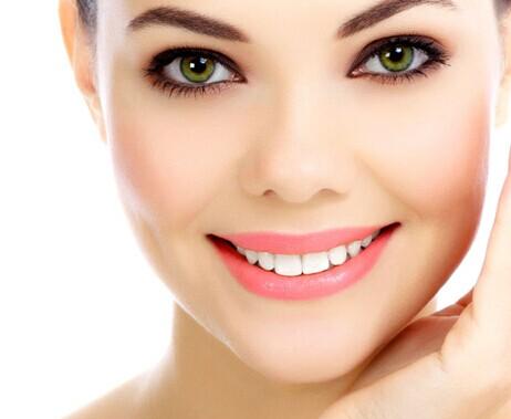 洗牙美白会造成牙齿松动吗